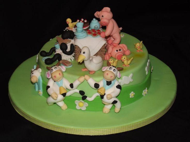 Farm animals picnic! - Cake by SweetStreet