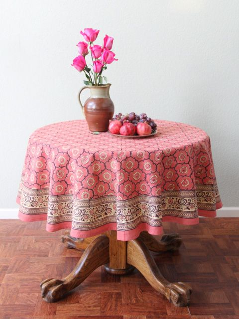 Best 25 Round Tablecloth Ideas On Pinterest Mint Rustic