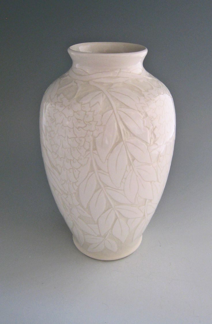 Ken Tracy Handmade & Decorated White on White Pottery Vase nouveau sgraffito flowers pottery clay ceramics