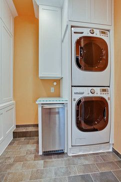 What brand is this stackable washer/dryer. Full size? Dimensions? Come in just white or colors too?