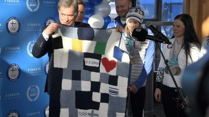 Finnish President Sauli Niinistö and many others were on hand at the Helsinki Airport Monday to welcome home the last of Finland's 2018 Winter Olympics athletes.