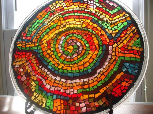 cool suncatcher made out of microwave plate