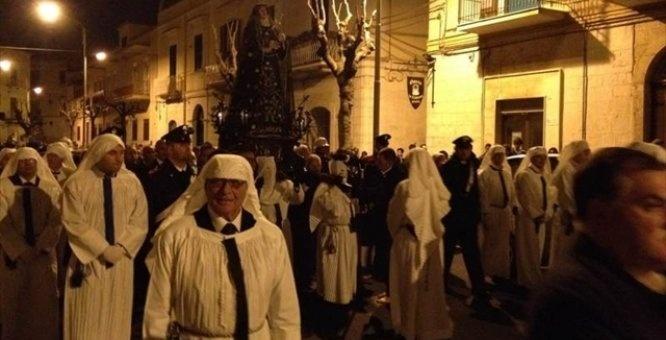 Processione del'lAddolorata - Trani (BT). Per saperne di più su questo evento, visitate il nostro portale: http://www.pugliaevents.it/it/gli-eventi/processione-dell-addolorata-1#