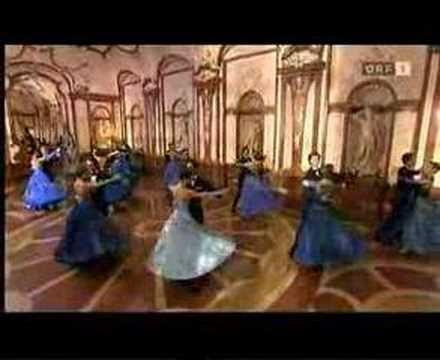 Famous Waltz Blue Danube Strauss - Silvester 2008. Vienna Orchestra  + Ballette.