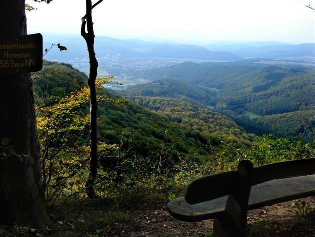 Der P4 in der 'Hessischen Schweiz' (Naturpark Meißner - Kaufunger Wald).  Der P4 in der 'Hessischen Schweiz' (Naturpark Meißner - Kaufunger Wald). Immer eine Wanderung wert und wundervoll auch im Herbst: das Plateau der Gobert. Unterhaltsame, spannende Tourbeschreibung mit tollen Fotos!