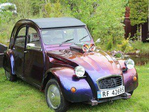 8 best 2cv tuning images on pinterest horse cars and old school cars. Black Bedroom Furniture Sets. Home Design Ideas
