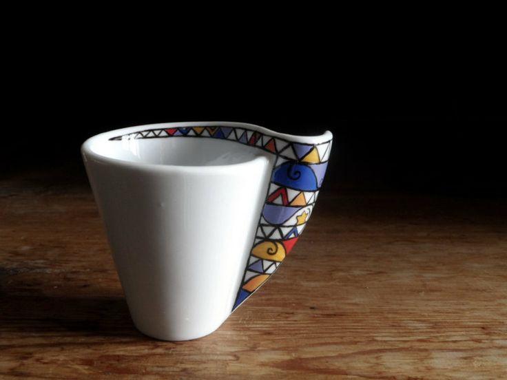 Set 2 tazzine da caffè dipinte a mano con piattini di vitaminaeu su DaWanda.com