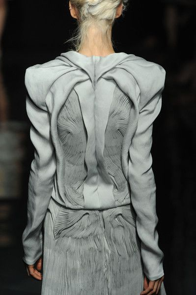 I dont know that I would wear this, but it is stunning art! if nothing else.