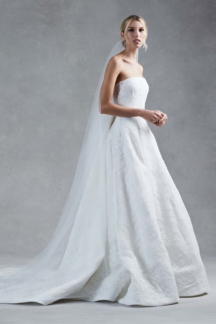 446 best Classic Wedding Dresses images on Pinterest | Getting ...