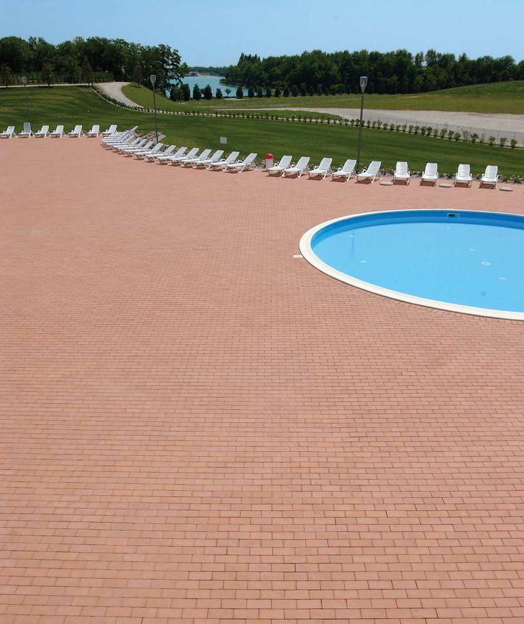 Centro Termale - Impianto Natatorio a Spresiano (Treviso)