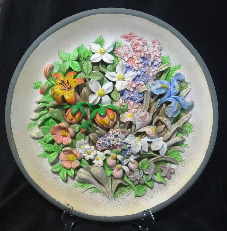 Chalkware Wall Plate Wild Flowers of Canada Vintage Large