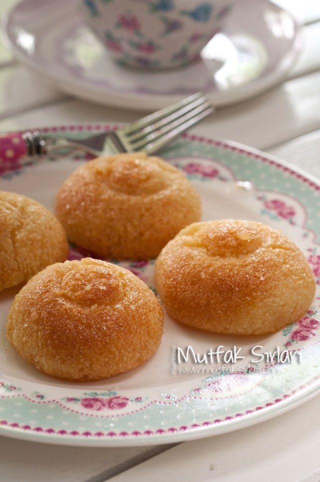 Şerbetli İrmik Tatlısı Tarifi | Mutfak Sırları