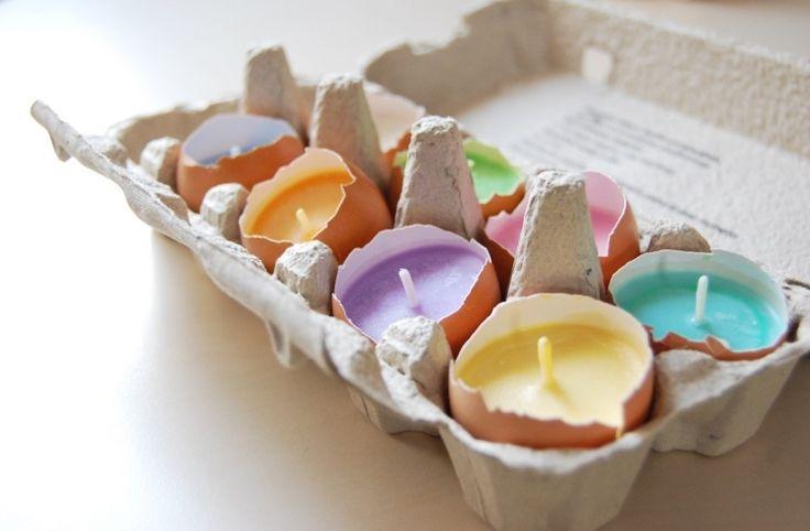 süße Eierschalen mit gefärbter Kerzenwachs