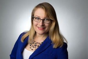 Kurzvita von Alena Kotter (Kommunikationswissenschaft, B.A.). Sie bloggt über strategische #Unternehmenskommunikation, #SocialMedia, #Kommunikationsstrategien, #PR und viele weiter kommunikative Themen.