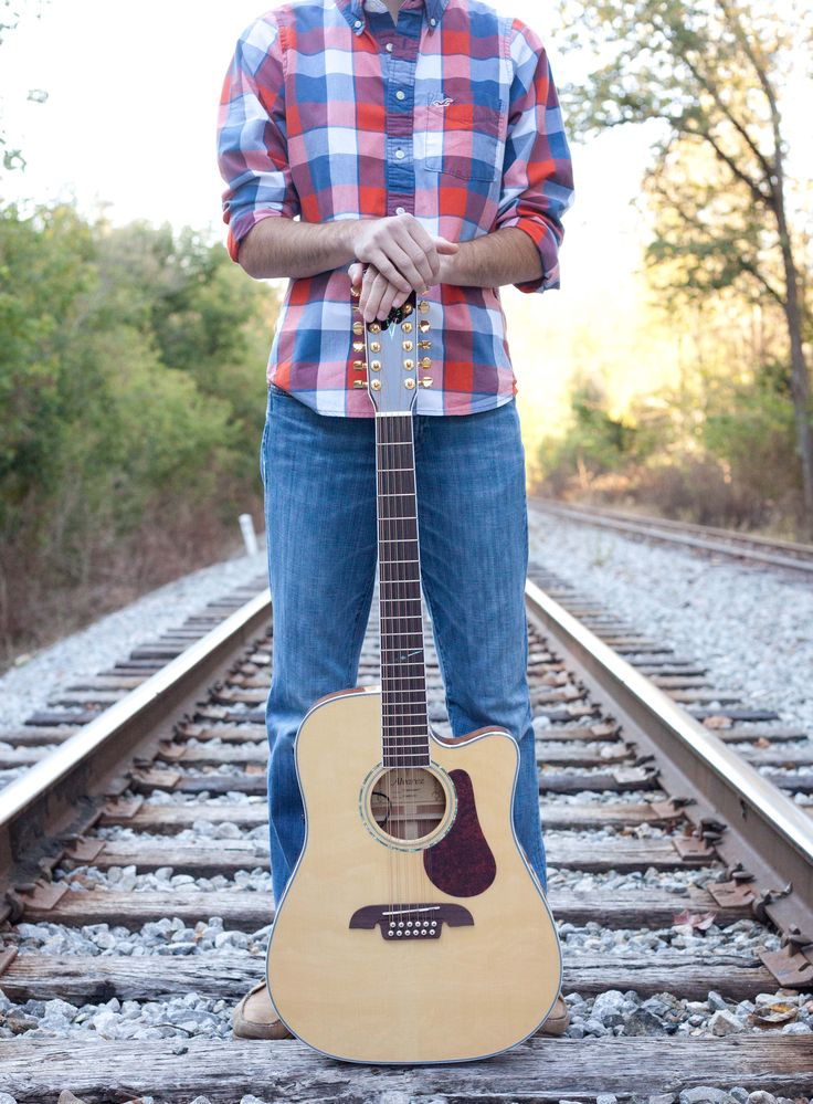 guy senior pose, guitar senior pictures, railroad tracks senior session