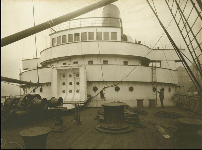 RMS Mauretania bridge.