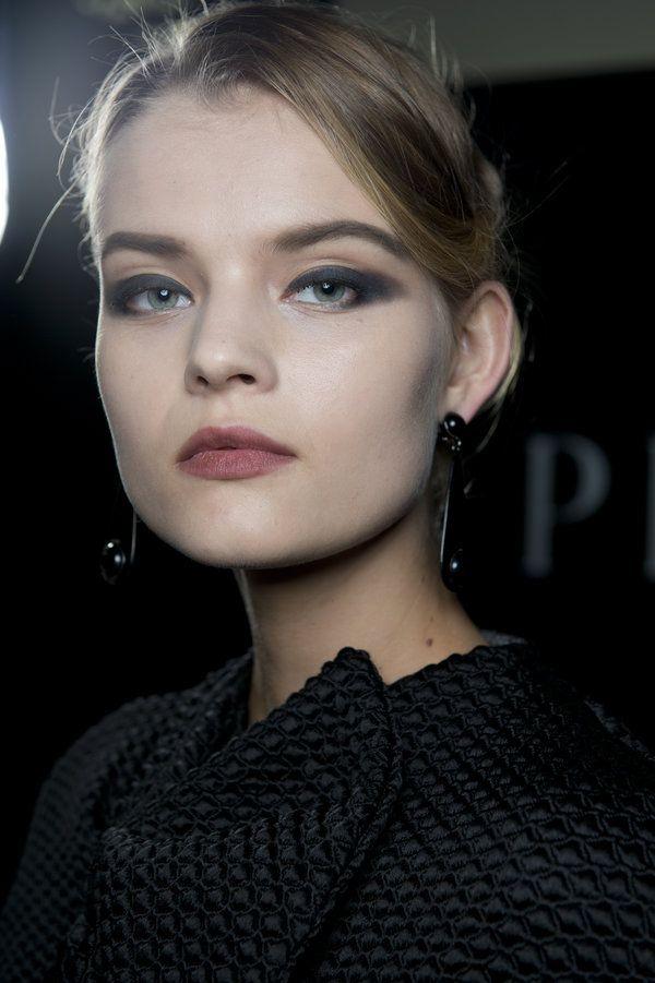 Giorgio Armani Haute Couture Fall-Winter 2014-2015