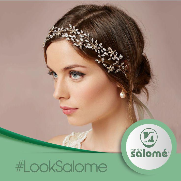 Los accesorios para el cabello siempre le dan más estilo a tu look. ¿Cuál usas tu? #LookSalome