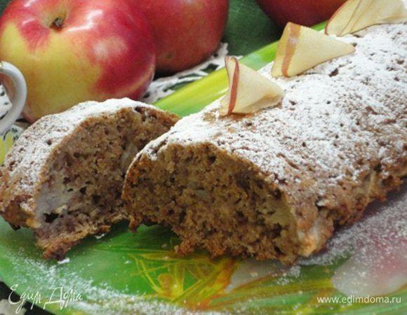 Яблочно-ореховый кекс. Ингредиенты: яблочное пюре, яблоки, растительное масло | Официальный сайт кулинарных рецептов Юлии Высоцкой