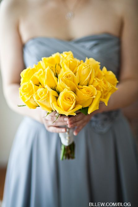 Stand Out With Yellow Roses Bouquet Wedding And Dressing