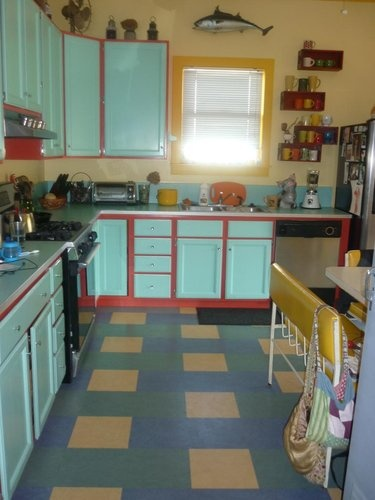 best Seriously  on Pinterest  Kitchen ideas Two tone