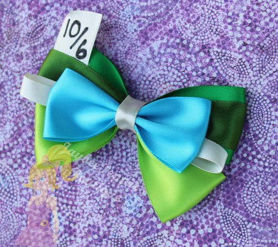 Mad Hatter Hair bow Alice in Wonderland hair bow by JaybeePepper