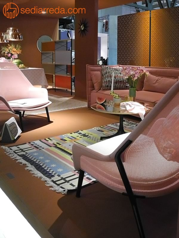 Pink furniture at Salone del Mobile 2013