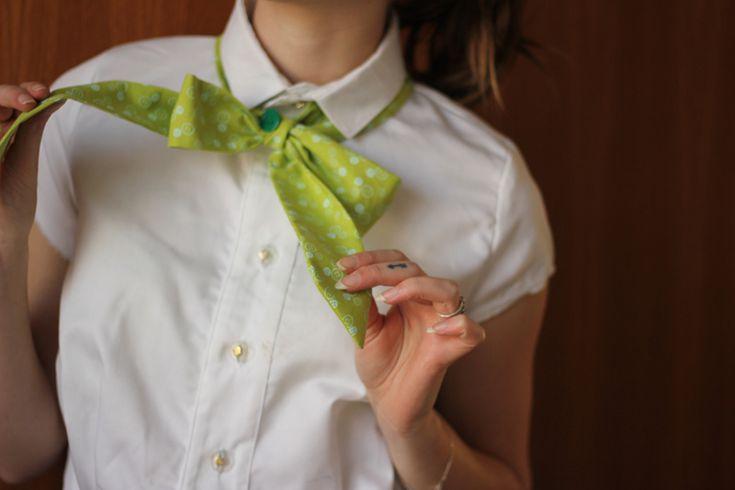 Col lavallière couture Frou-Frou par Seven Lane. Collection de tissus I love couture