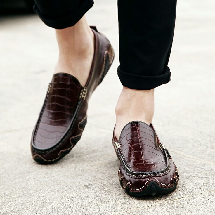 US $31 New Arrival Retro Men Casual Shoes Italian Round Toe Loafers Classic Elegant Dress Shoes Male Loafers Soft Lightweight