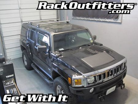 Hummer H3 Thule Rapid Podium AeroBlade Base Roof Rack