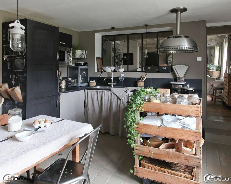 17 meilleures id es propos de d coration style industriel rustique sur pinterest style. Black Bedroom Furniture Sets. Home Design Ideas
