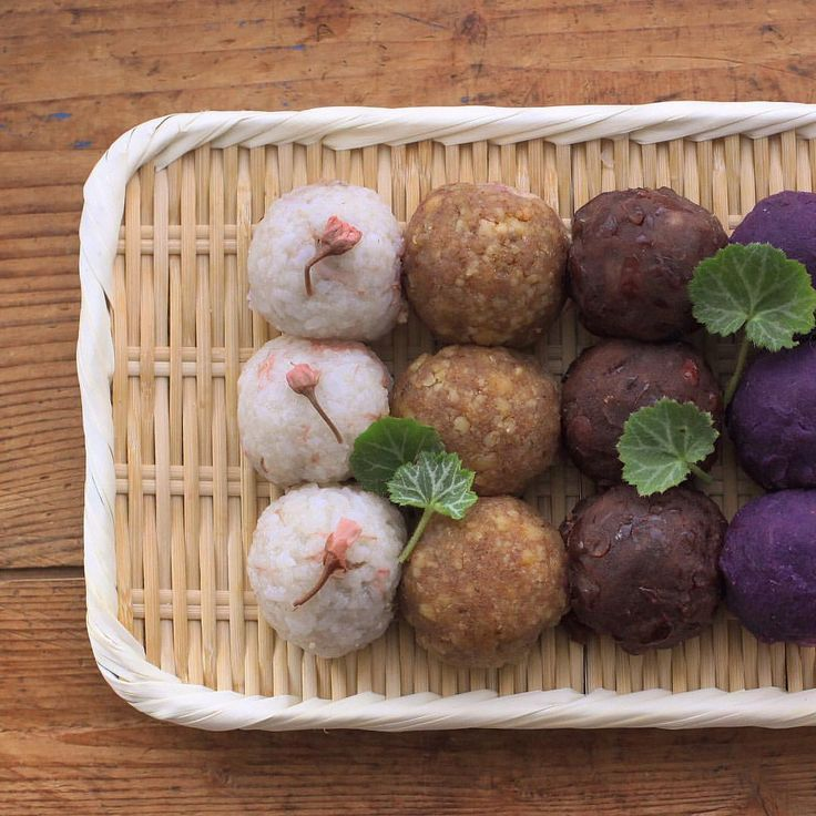 """19 Mar 2016 It is """"Spring Higan"""" in Japan. I made Japanese sweet 'ohagi' (it called botamochi in spring ), a rice cake covered with red bean jam and so on.(preserved Sakura petals, crashed walnut, purple sweet potato) Many Japanese people offer them to the Buddha in Higanweek. And  think of  our ancestors. ・ ・ お彼岸ですね。 お墓参りは先週終えたので、娘とぼたもち作り。  桜、くるみ、粒あん、紫いも。 紫いもはハロウィンみたいなおどろおどろしい出来! 午後からはお天気も回復しそうです。 陽射しが一気に春めいてきました ・ ・"""