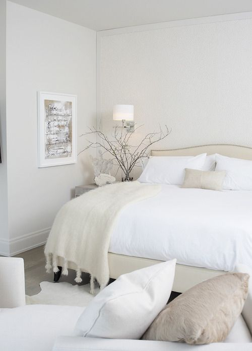 Bright and cozy bedroom in neutrals.