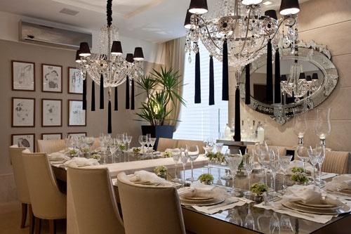 Casa Cor Bahia - Uma sala de jantar cheia de requinte e de sofisticação. Este foi o ambiente que o arquiteto Flávio Moura projetou para a Casa Cor Bahia.