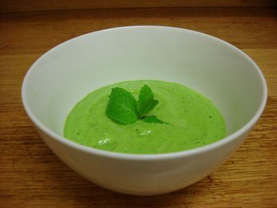 Alkaline Recipe #21 Alkaline Spring-time Soup: All super-alkaline ingredients including cucumber, spinach, watercress, garlic and more.