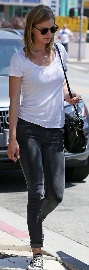 Emily VanCamp shows off her laid-back style in LA wearing James Jeans Twiggy in Slate II. Click to steal her style!