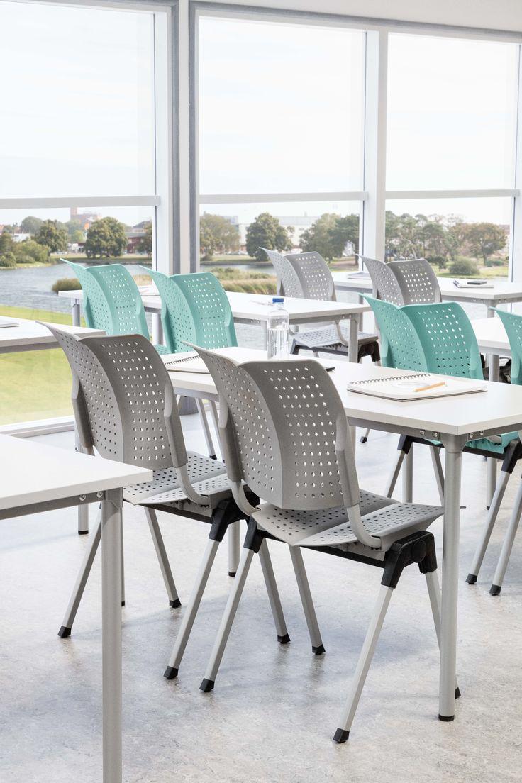 HÅG Conventio Wing for the perfect classroom #InspireGreatWork #education #Scandinavian #design