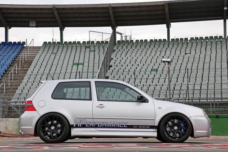 Volkswagen Golf R32 by HPerformance