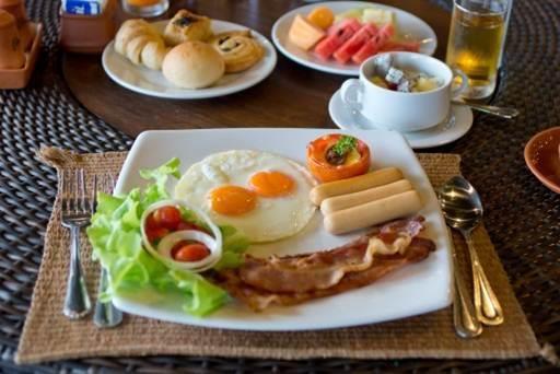 [at Phangan] Breakfast