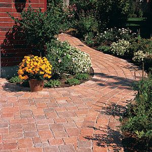 Awesome Best 25+ Paver Walkway Ideas On Pinterest | Front Sidewalk Ideas, Paver  Sidewalk And Pathway Ideas
