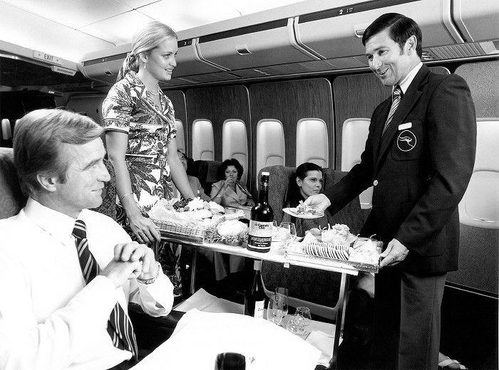 QANTAS Boeing 747-200 First Class Traymobile Service