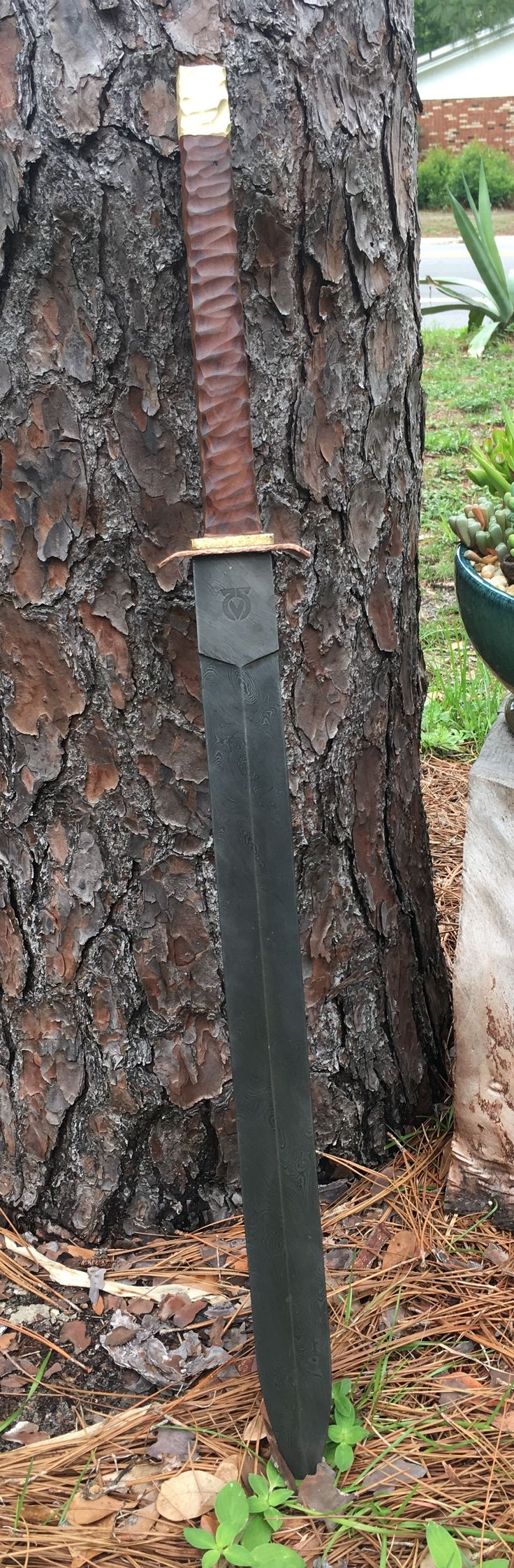 Daedalus blade works Damascus sword Conan barbarian mahogany brass copper and 1084/ 1520n Damascus