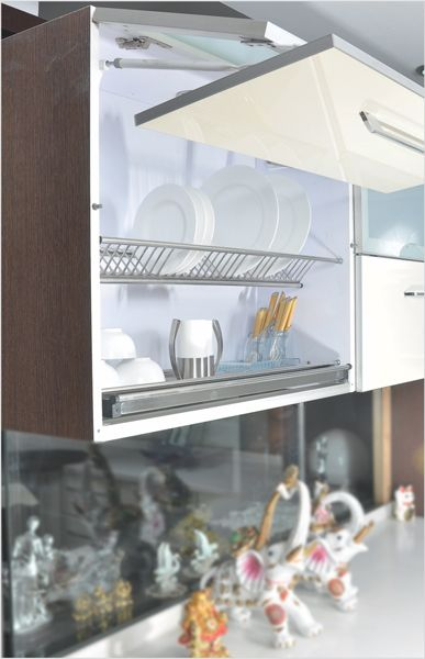 Plate Rack with Drip Tray SS Anti Scratch Plate Rack with little space adjustments Plate Rack with spring adjustments Anti scratch Stainless Base Place for Plates, Cutlery and Utensils Long life and Durable Finish