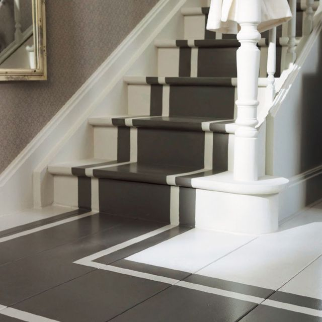 Wonder if we Could do something like this to the front cement steps??  Grey painted staircase runner