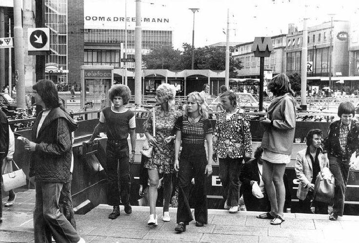 Metrostation Beurs 1972