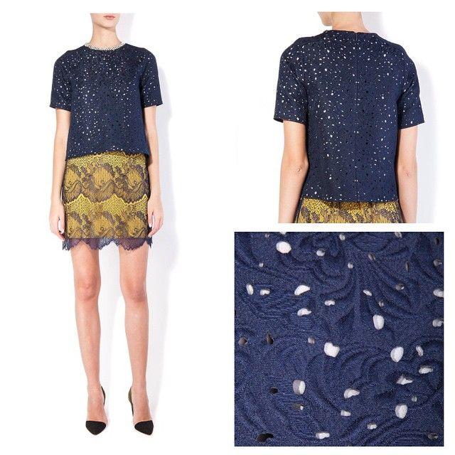 Takko Fashion Limited Edition Spring '15. Deep blue blouse with sequins 1199₽. Лимитрованная коллекция Весна '15. Темно-синяя блузка со стразами 1199₽.