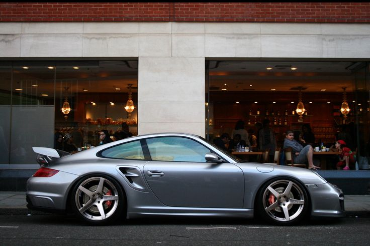 Porsche ~