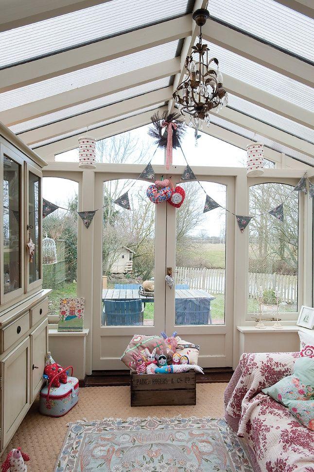 #HomeandGarden glassed conservatory room