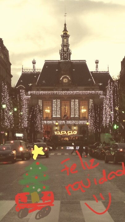 Hôtel de ville de Levallois-Perret. Photo @aleparedes00