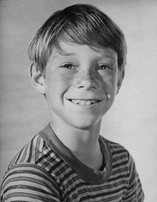 Feb 1 - 1954 – Bill Mumy, American actor and musician